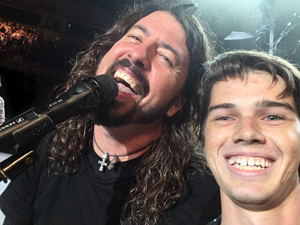 Pierce Edge selfie with Foo Fighters frontman Dave Grohl