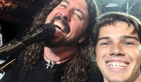 Under Pressure? This USC kid slayed the Queen hit live onstage with the Foo Fighters